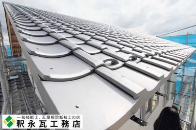 富山県瓦工事-切妻屋根新築-小松瓦95.jpg