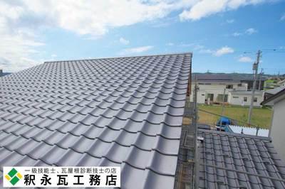 富山県瓦工事-切妻屋根新築-小松瓦40.jpg