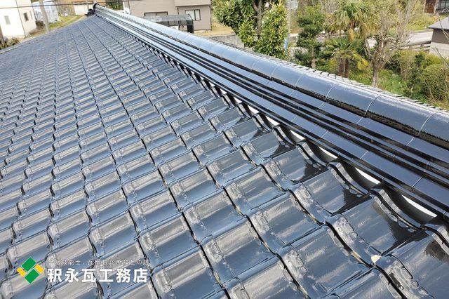 富山市、緩勾配屋根リフォーム、雨漏り工事、棟瓦.jpg